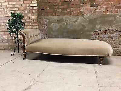 Victorian Walnut Frame Chaise Longue / Day Bed On Castors Button Back Head Rest