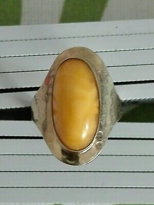Antiker Ring aus Gold 333 mit Butterscotch Bernstein Amber
