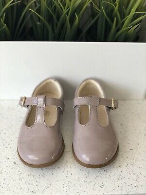 Girls Dusky Pink Clark's Mary Jane Style T Bar Buckle Patent Shoes Size 5.5G