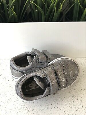 Girls Infant Toddler Silver/Grey Glitter Vans Velcro Trainers Size 5.5 Fab Cond