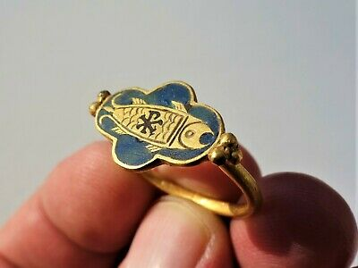 Gold Byzantine ring carved gold fish red glass Chi-Rho,and inlaid colored glass