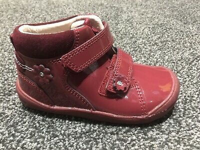 Start-Rite Dream Cherry Red Patent Ankle Boots.  First Walkers   New