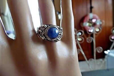Vintage sterling silver blue stone ring size 8 1/4