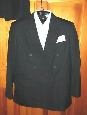 Men's Towncraft Charcoal Gray Pinstriped Double Breasted Suit ~ Size 40R, 30X30