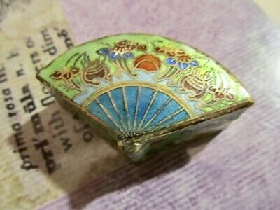 Vintage Chinese Cloisonne Hinged Decorative Colorful Pill Box Fan Shape