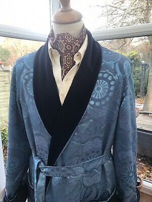 VINTAGE VELVET DRESSING GOWN SMOKING JACKET ROBE HOST DANDY  40/42C 60s 70s