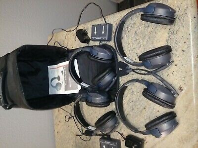Eartec UL4S Ultralite 4 person Headset system w/batteries Charger & Case, Used 2