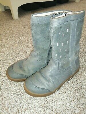 Clarks Girls grey leather Boots Size 9 E narrow