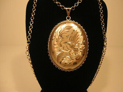 VINTAGE LARGE STERLING SILVER LOCKET AND CHAIN - Hallmarked Sheffield 1980