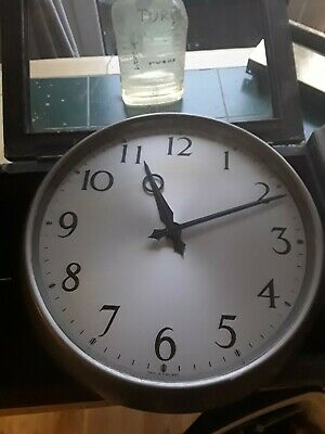Gents of Leicester electric slave clock 1954 working.14in dia.