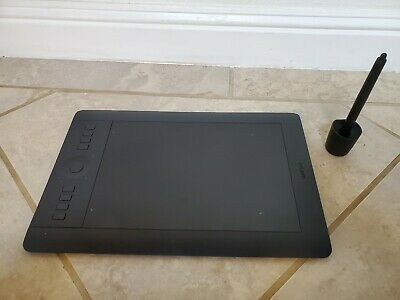 Wacom Intuos Pro Pen and Touch Tablet, Medium (PTH-651)
