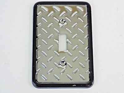 Liberty Hardware Dimpled Metal Switch Plate, Polished Chrome Diamond Plate
