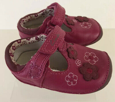 Clarks First Shoes Childrens 2 1/2h Pink Velcro Strap Girls Baby Shoes