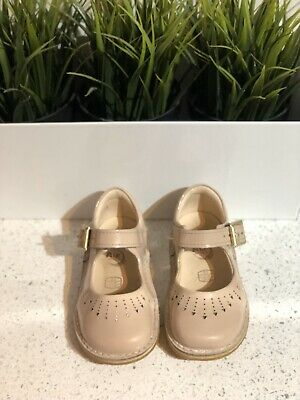 Girls Beige / Cream / Stone Clark's Mary Jane Style Buckle Infant Shoes Size 5F