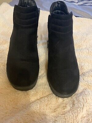 Girls River Island Black Boots Size 4