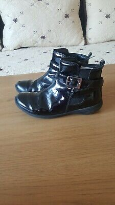 Girl CLARKS boots size 12.5G