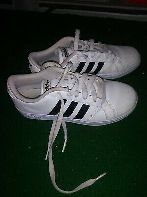 Adidas baseline shoes kids' size 3 in girls