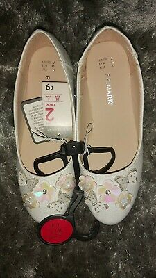 Primark girls shoes size 2 new with tags