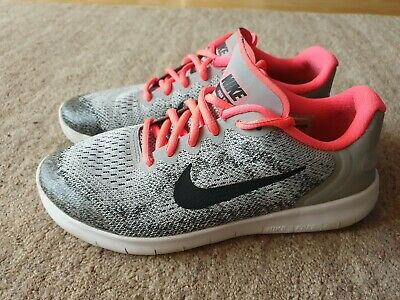 Girls Nike trainers size 4.5