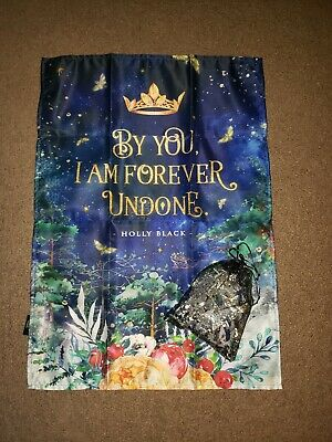 Owlcrate Queen Of Nothing Box - Tapestry & Lights