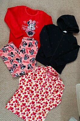 Girls Bundle H&M Black Hoody. Heart Fleece & George Pyjamas Age 4-6 Year Range.