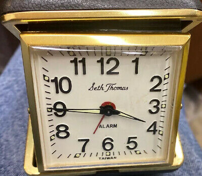 Seth Thomas Portable Wind-up Alarm Clock In Fold Up Case Color Black Very Nice