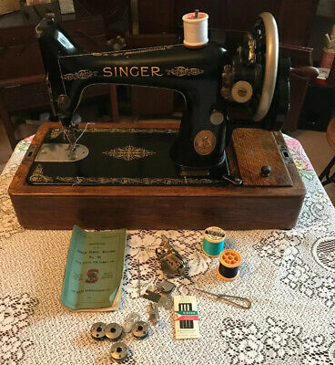 Vintage Singer 99k Sewing Machine With Case & Instructions 1922