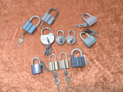 11 x Old Castle with Key - Collection/Convolute