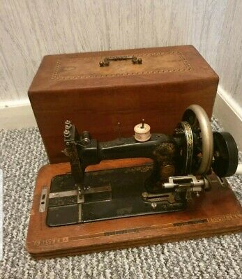 Rare Vintage Frister Rossmann Berlin Sewing Machine c1910 - Wooden Carry Case