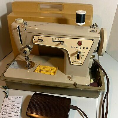 Vintage Singer Model 237 Fashion Mate Sewing Machine w/ Case Pedal Accessories
