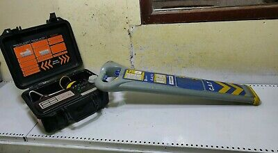 CAT 3v Cable avoidance tool & C-scope Signal Genny Detector scanner locator
