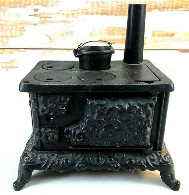 """Antique Salesman Sample Size Cast Iron Stove Ornate 7"""" Toy with Pipe and Pot"""