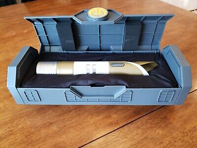 FREE GIFT + BRAND NEW Disney Parks Exclusive Jedi Temple Guard Legacy Lightsaber