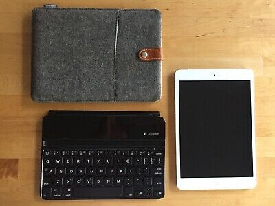 Apple iPad mini 1st Gen. 16GB, 7.9in including case and Bluetooth keyboard