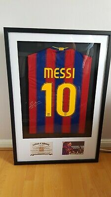FC Barcelona Lionel Messi signed shirt with C.O.A