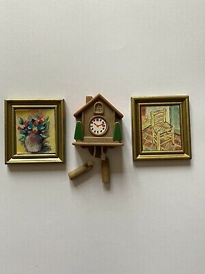 Sylvanian Families Vintage Spares Wall Cuckoo Clock 2 X Gold Framed Paintings