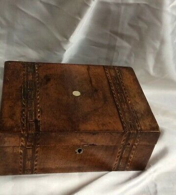 ANTIQUE TREEN WOODEN WARE WALNUT BOX,INLAID DETAIL ,27CM x 20CM,PRETTY,WEAR/TEAR