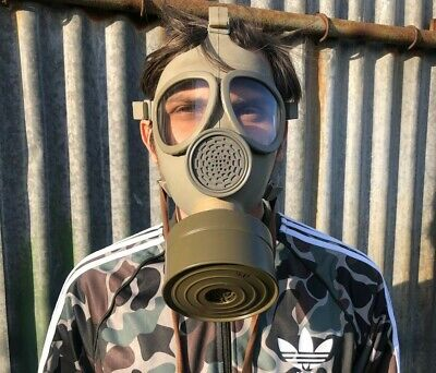 Nos Sealed Czech Army Cm-4 Civil Defence Gas Mask + Nbc Filter - Cosmetic Marks