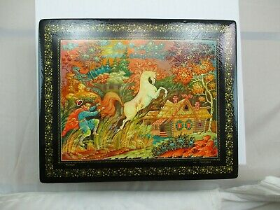Vintage Russian Painted Lacquer Box Mstera Russia Horse Wood Trinket SIGNED 446D