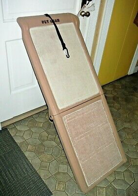 Pet Gear Bi-Fold Travel Lite Pet Ramp for Dogs up to 200 lbs