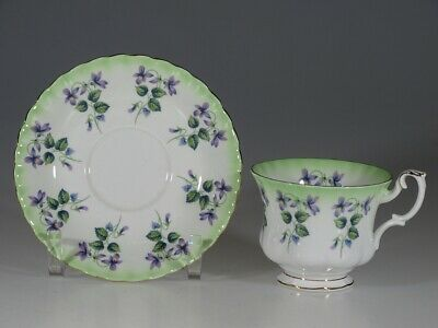 Royal Albert  Purple Violets Montrose Tea Cup & Saucer, England c.1945