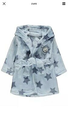 Baby's Disney Dumbo Bundle White Fleece Blanket, Dressing Gown,Pyjamas & Muslins