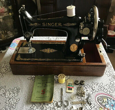 Vintage Singer 99k Sewing Machine With Case & Instructions 1929