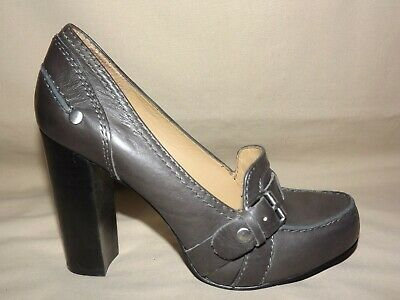 "Womens Gently Worn ""Nine West"" Gray Leather Loafer 4 In. Heel 6 1/2 M Euc"