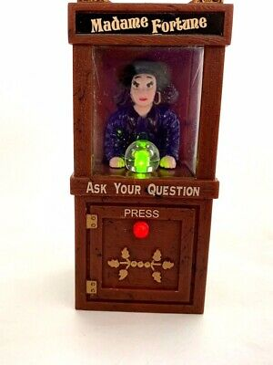 "Fortune Teller Magnet Madame Fortune Lights Up Sound 3-1/4"" 1999 Acme w/ battery"