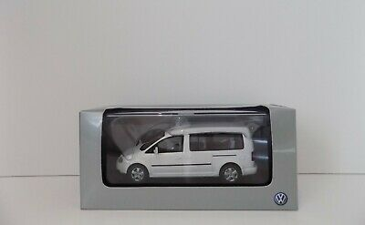 Minichamps Volkswagen Caddy Maxi Life White Mint Boxed 1:43