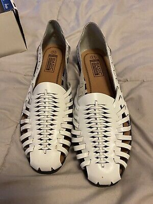 Basic Editions Huntley Women/'s White Lace-Up Casual Canvas Shoes Sneaker 40842