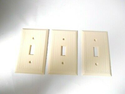 3 Vintage Bakelite  Ivory Ribbed Electrical Switch Wall Plate Box Covers