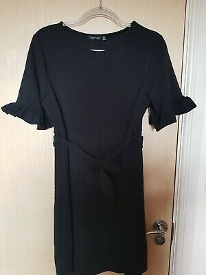 Boohoo maternity dress size 16 with ruffle sleeves & tie belt