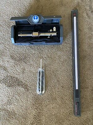 Reforged Rey Skywalker Legacy Lightsaber Hilt Star Wars With Blade & Stand